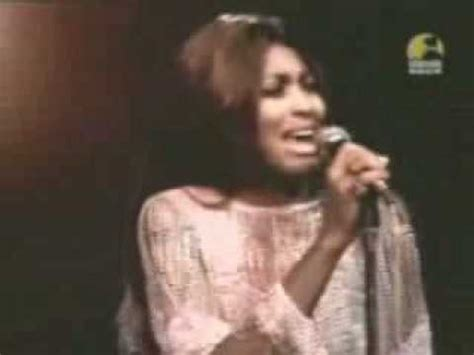 Tina Turner - Rolling on the river (1971) (Proud Mary