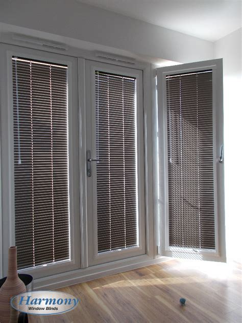 Made to Measure Blinds & Shutters   Blinds Fitting Service