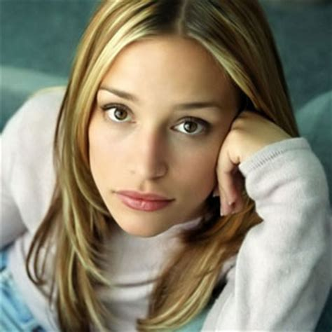 Piper Perabo dead 2017 : Actress killed by celebrity death
