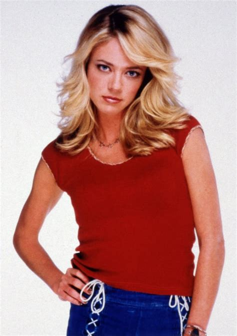 Lisa Robin Kelly Cause of Death: Unknown, Pending