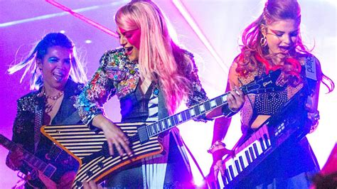 Movie review: `Jem and the Holograms¿ is more `Hannah