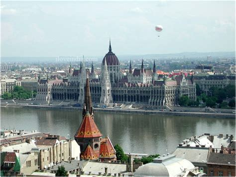 Budapest Tourist Attractions - Places to See in Budapest