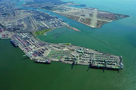 Ports America pulls out of Oakland terminal | Container