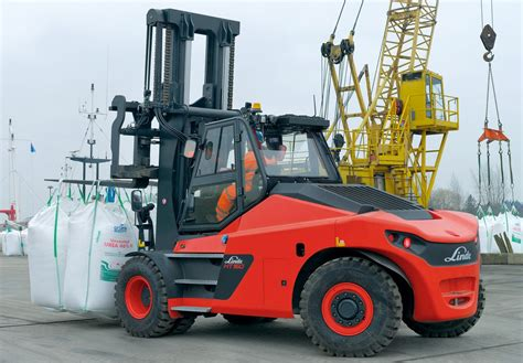 HSS - Hefty heavies as Linde releases 10-18tn forklifts