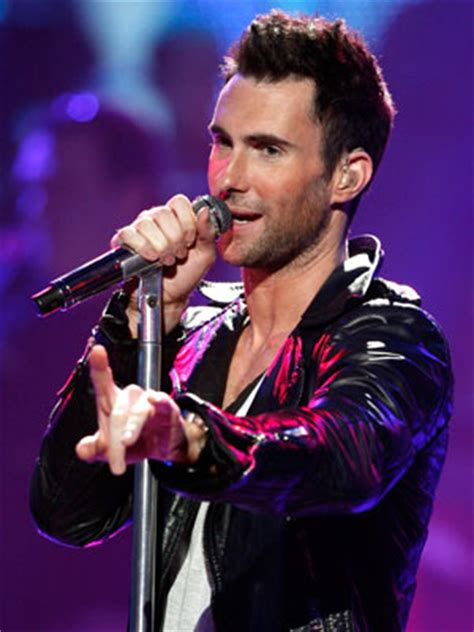Cheapest Maroon 5 Tickets: QueenBeeTickets