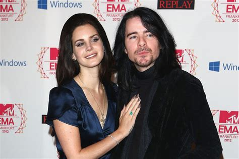 5 Things to Know About Barrie-James O'Neill, Lana Del Rey