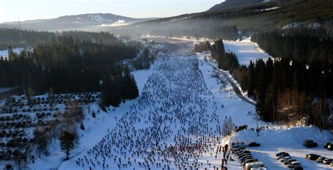 Vasaloppet classic skiing race or how to ski 90km in a day