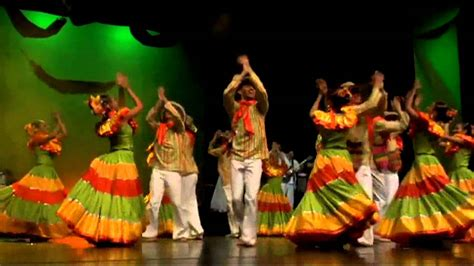 Ballet Folklorico of Antuoquia Colombia At Wagner Noel