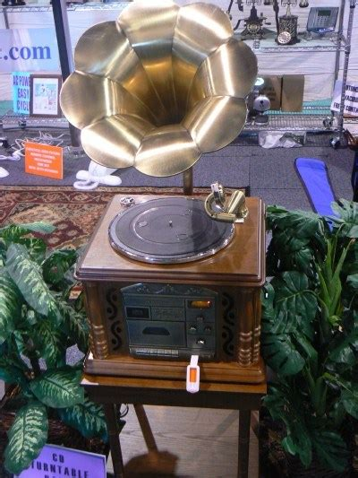 CES 2007: The best retro gramophone hi-fi you'll ever see
