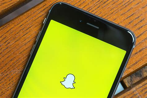 BlackBerry accuses Snapchat of infringing its messaging